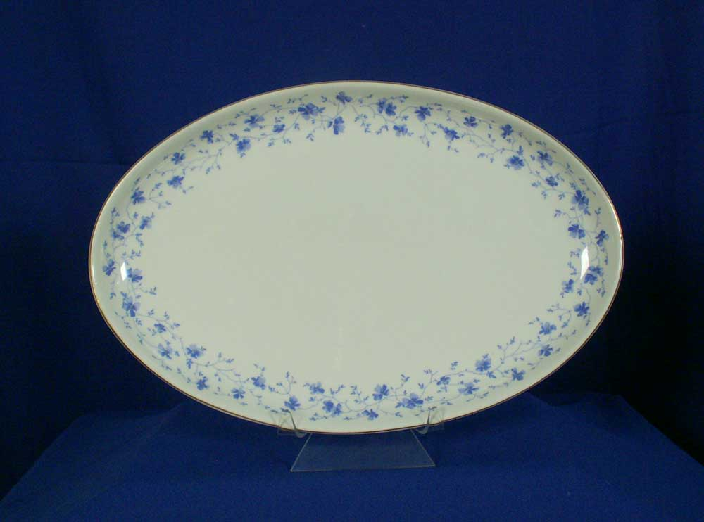 arzberg germany pattern blue flowers white 15 inch platter. Black Bedroom Furniture Sets. Home Design Ideas